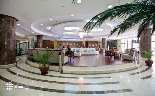 Cassells Al Barsha Hotel 4