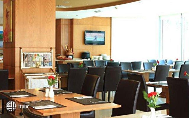 Byblos Hotel Al Barsha Dubai 7