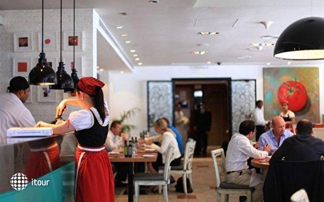 Byblos Hotel Al Barsha Dubai 9