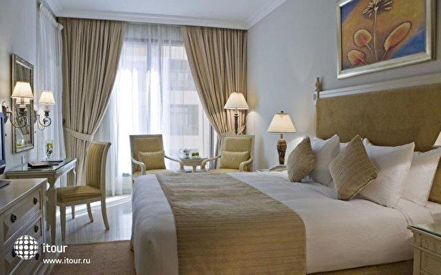 Gloria Hotel Media City 4