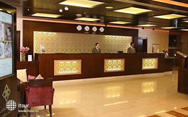 Gloria Hotel Media City 8