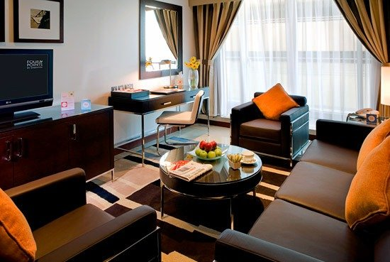 Sheraton Four Points Sheikh Zayed Road 10