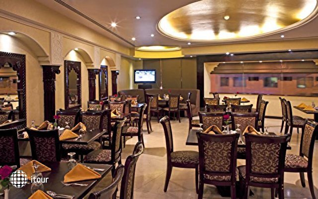 Landmark Hotel Riqqa 9