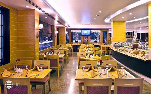 Landmark Hotel Riqqa 10