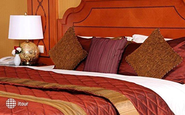 Emirates Concorde Hotel 8