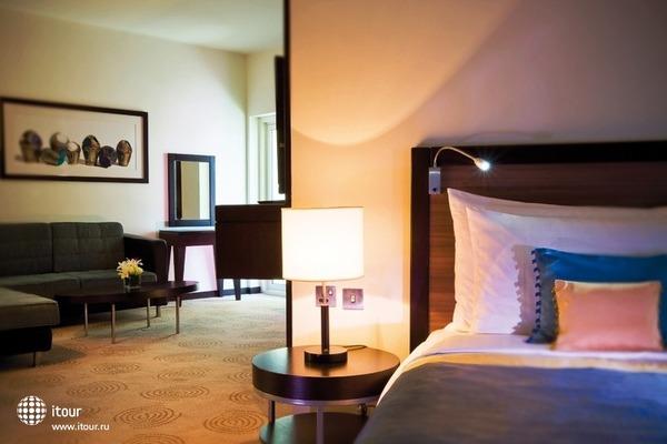 Movenpick Hotel Deira 7