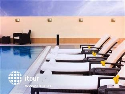 Movenpick Hotel Deira 2