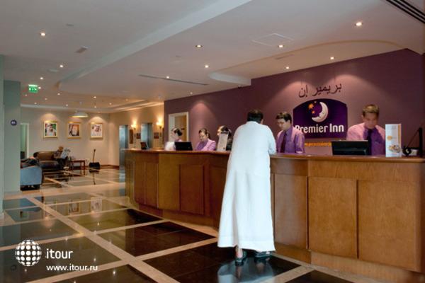 Premier Inn Dubai International Airport 4