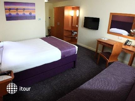 Premier Inn Dubai Investment Park 4