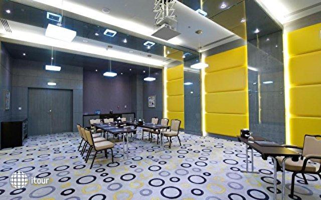 Time Grand Plaza Hotel Dubai 10