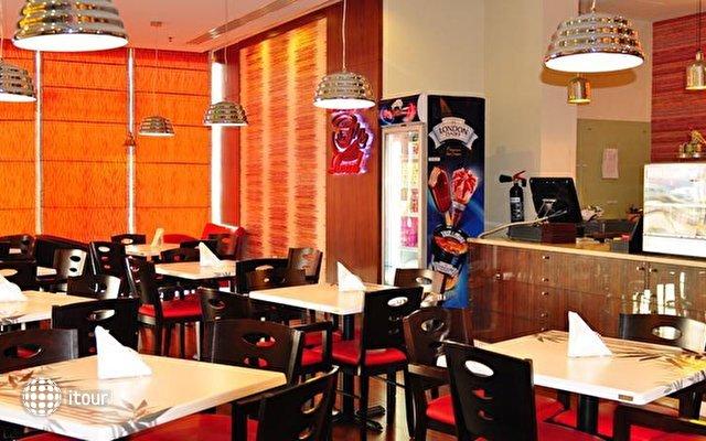 Auris Boutique Hotel Apartments 9