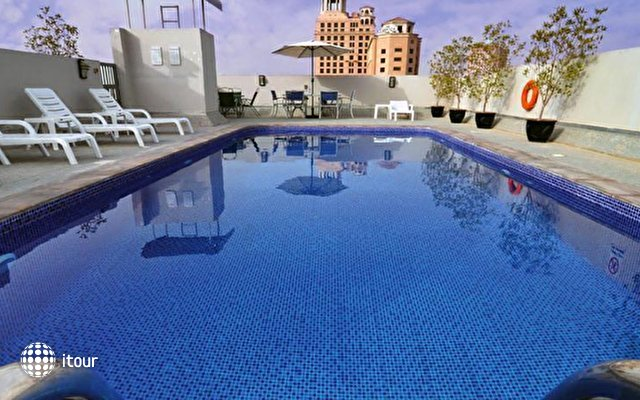 Auris Boutique Hotel Apartments 2
