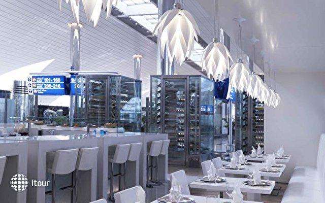 Dubai International Terminal Hotel 8