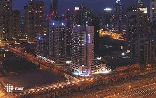 Radisson Blu Residence Dubai Marina 1