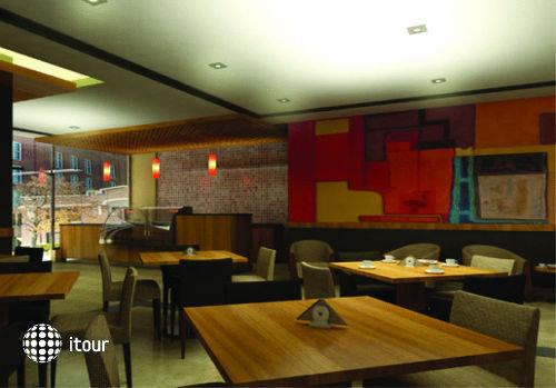 Milton Hotel Apartment 5