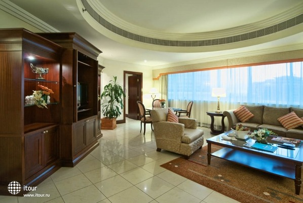 City Seasons Suites 6