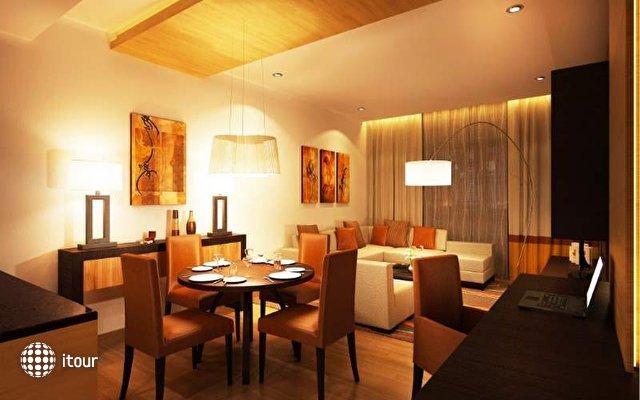 Doubletree By Hilton Hotel & Residences Dubai 10