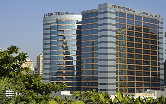 Doubletree By Hilton Hotel & Residences Dubai 1