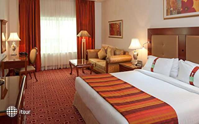 Holiday Inn Bur Dubai - Embassy District 3