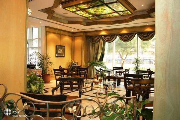 Ramee Guestline Hotel Al Riqqa 5