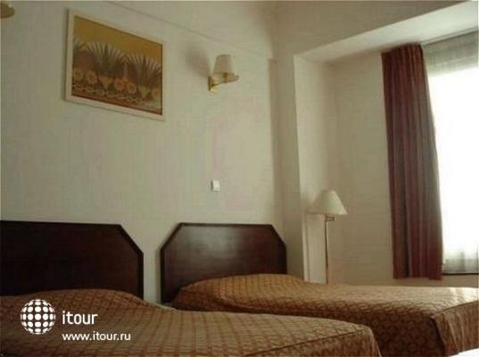 Ramee Guestline Hotel Al Riqqa 6