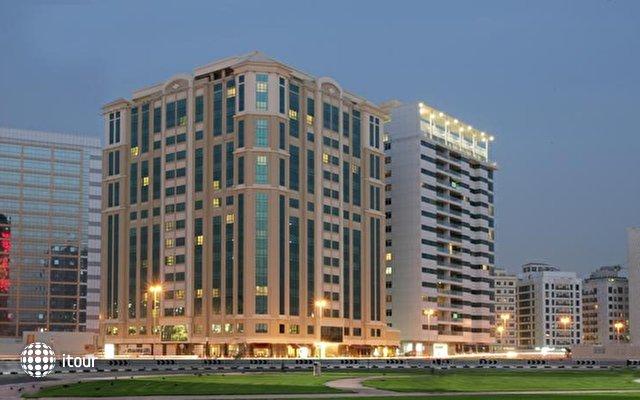 Auris Plaza Hotel Al Barsha 1