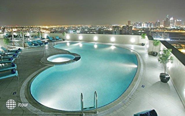 Auris Plaza Hotel Al Barsha 7