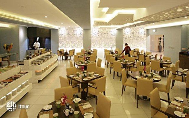 Coral Dubai Al Barsha Hotel (ex. Auris Plaza Hotel Al Barsha) 6