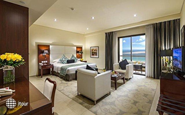 Ramada Plaza Jumeirah Beach Residence 5