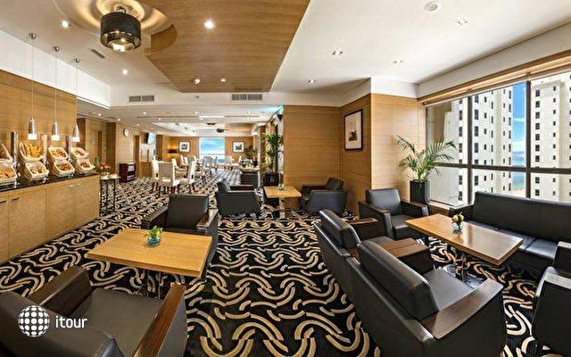 Ramada Plaza Jumeirah Beach Residence 6
