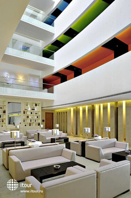 Hues Boutique Hotel 4