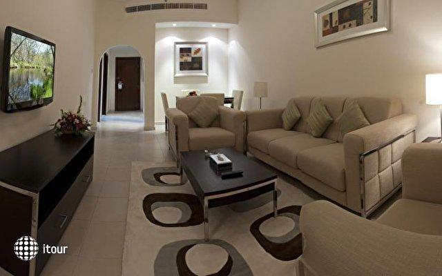 Pearl Marina Hotel 9