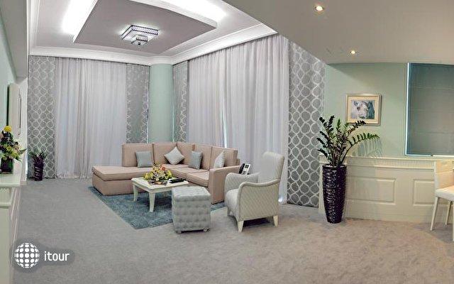 Boutique 7 Hotel & Suites 4