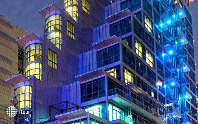 Boutique 7 Hotel & Suites 1
