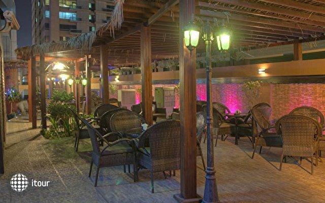 Boutique 7 Hotel & Suites 8