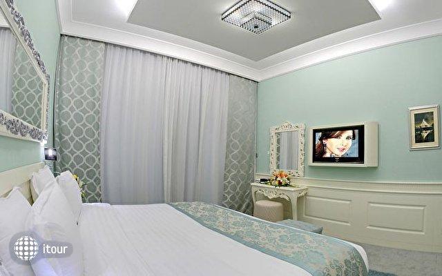 Boutique 7 Hotel & Suites 10