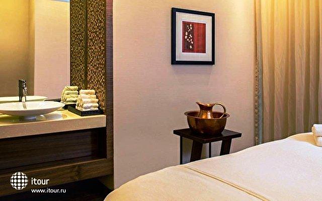 Jumeirah Creekside Hotel 8