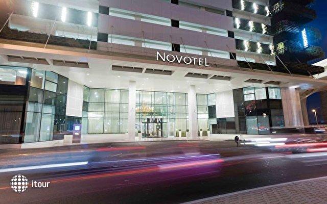 Novotel Dubai Al Barsha 8