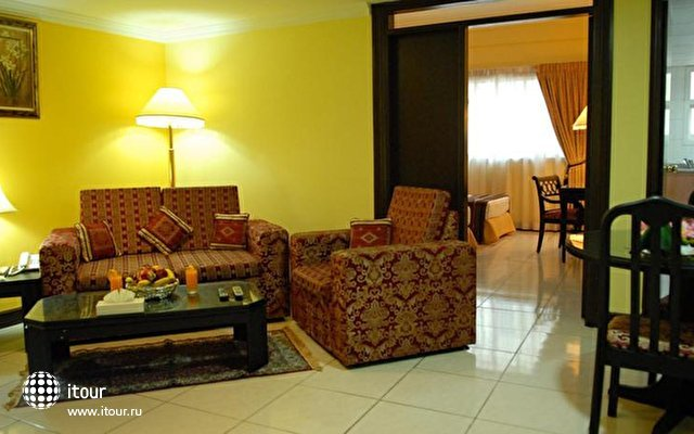 Deebaj Al Khabisi Plaza Apts 4