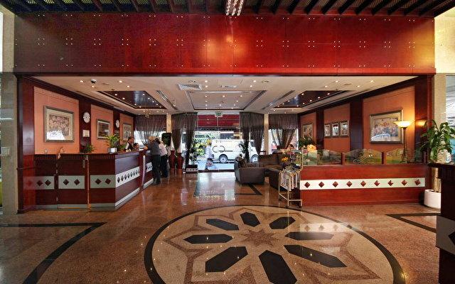 Flora Hotel Apartments 6
