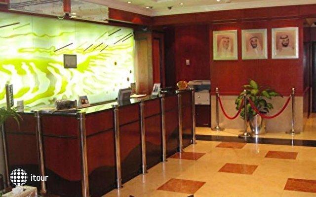 Sandras Inn Hotel 4