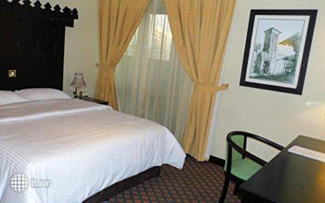 Sandras Inn Hotel 6