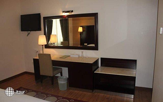 Smana Hotel Al Raffa (ex. Signature Inn; Smana Hotel Al Rigga) 10