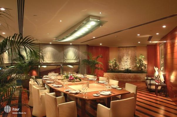 Fairmont Dubai 5