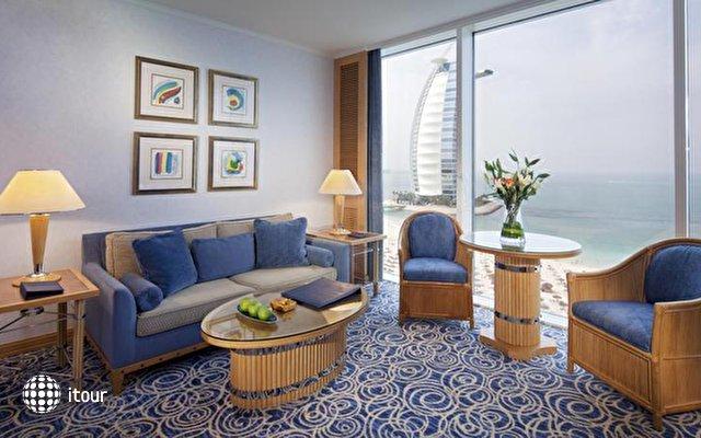 Jumeirah Beach Hotel 9
