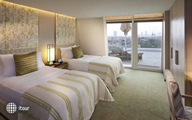 Jumeirah Beach Hotel 2