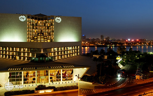Sheraton Dubai Creek Hotel & Towers 2