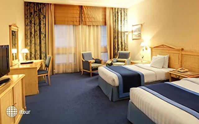 Capitol Hotel 4