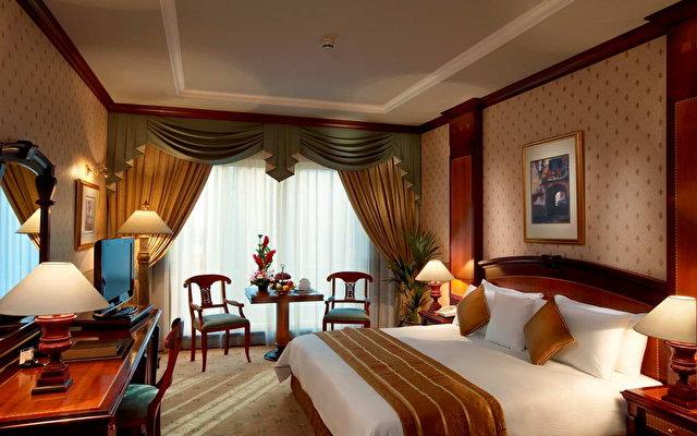 Carlton Palace Hotel (ex. Metropolitan Palace Hotel) 5