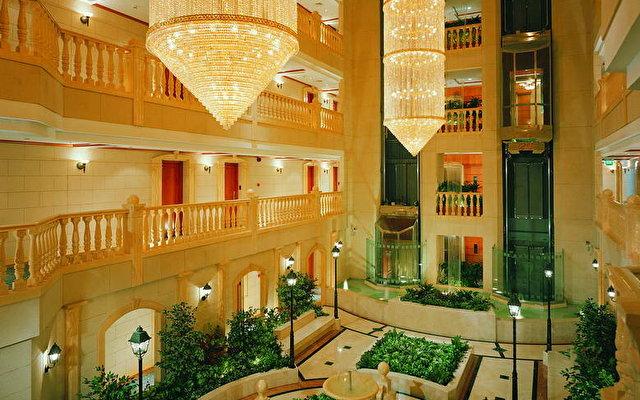 Carlton Palace Hotel (ex. Metropolitan Palace Hotel) 6
